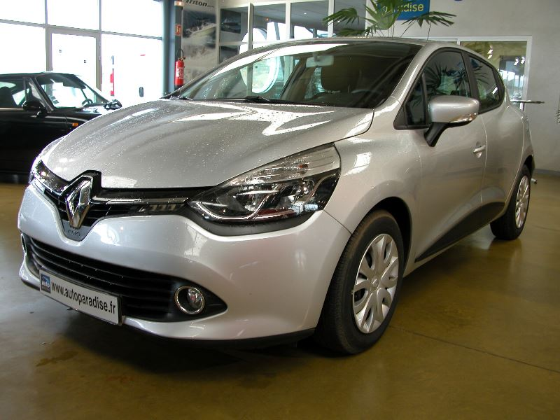 Véhicule d'occasion RENAULT CLIO 1.5 DCI 90 BUSINESS ECO2