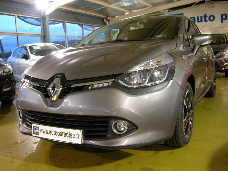 Véhicule d'occasion RENAULT CLIO 1.5 DCI 90 INTENS