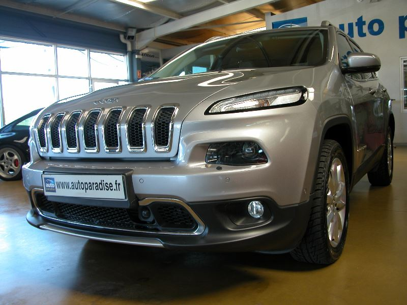 Véhicule d'occasion JEEP CHEROKEE 2.2 MULTIJET 200 LIMITED