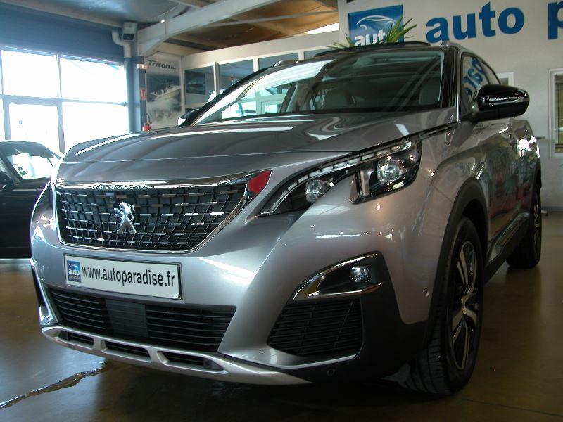 Véhicule d'occasion PEUGEOT 3008 2.0 HDI 150 ALLURE
