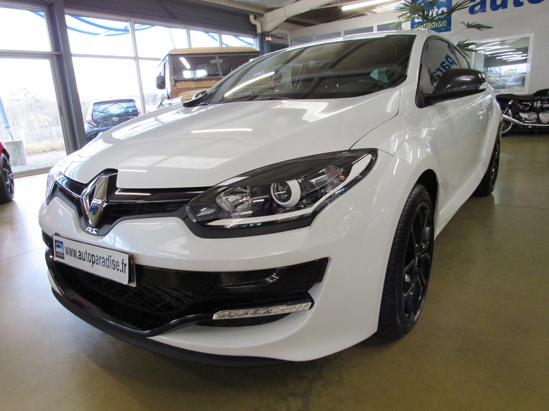 Véhicule d'occasion RENAULT MEGANE COUPE RS 2.0 T 265 CUP